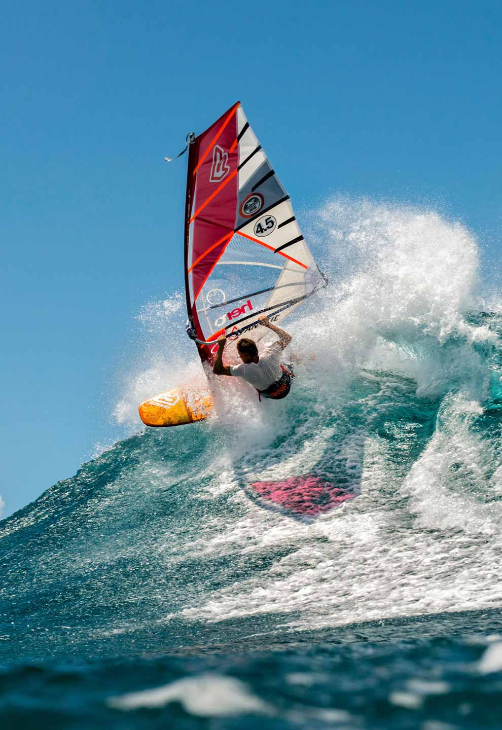 Find Windsurfing Holiday Destinations